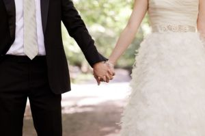 wedding-planning-fun-matchmaker-wedding-venue-with-bride-and-groom-2__full